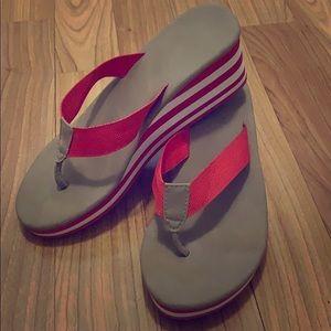 Shoes - Cute wedge flip flops